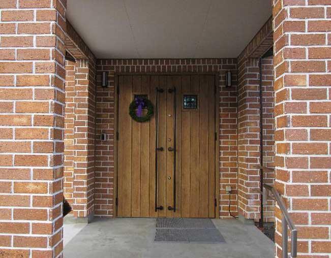玄関のリースの写真